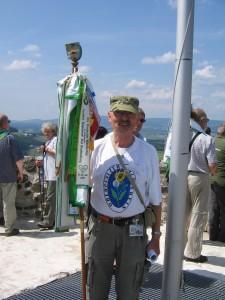 Opa Eule auf dem Bergfried