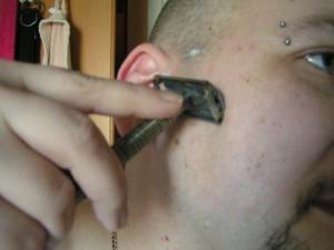 Rasieren mit dem TIMOR Nassrasierer